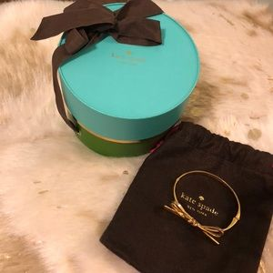 Kate Spade Hinged Bow Bracelet original packaging